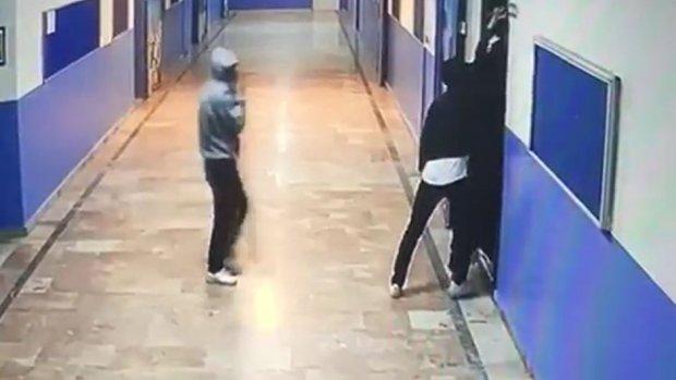 Bahçelievler'de okul hırsızları yakalandı