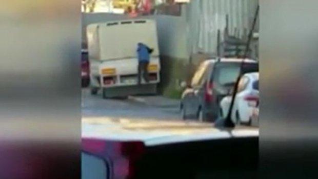 Ataşehir'de oto ve işyeri hırsızları yakalandı