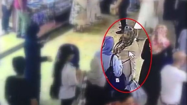 Kadın hırsızlar böyle yakalandı